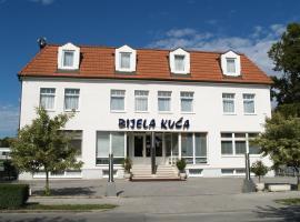 Hotel Bijela kuća, Копривница (рядом с городом Kuzminec)