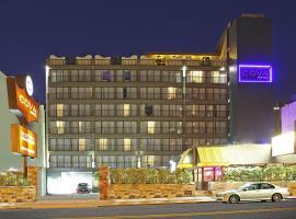 コヴァ ホテル