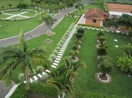 Villa Antiphi, Pereira
