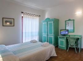 Hotel Sandalyon, San Teodoro