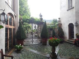 Palazzo Lambertenghi