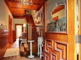 Vintage Chic Inn