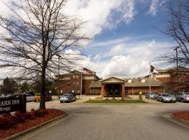 Featured Hotels Near Fort Bragg Military Base Show Map The Landmark Inn