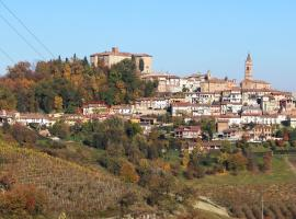 Dimora al Castello, Govone (San Martino Alfieri yakınında)