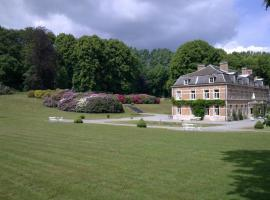 B&B Château De Pallandt, Bousval (La Basse Hutte yakınında)