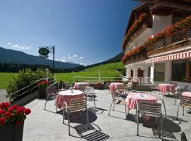 Hotel Tyrol, Valle Di Casies
