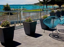 Penguin Beachfront Apartments, Penguin (Howth yakınında)