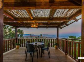 Beautiful Lake View Wooden House, Тверия (рядом с городом Miẕpa)