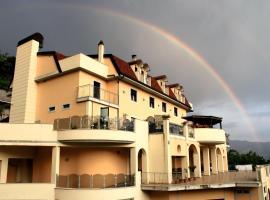 Hotel Sette E Mezzo, Castelluccio Superiore