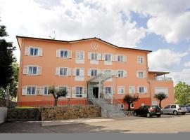 Vila Kozana Hotel, Dobrovo