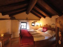 Hotel Casa da Luzi, Surcasti (Vigens yakınında)