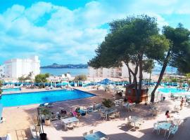 Apartamentos Playasol Riviera, San Antonio Bay (Cala de Bou yakınında)