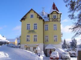 Penzion Villa Rosse, Abertamy (Hřebečná yakınında)
