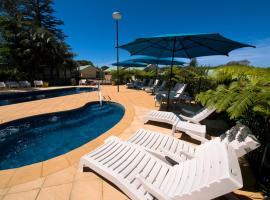 Governors Lodge Resort Hotel
