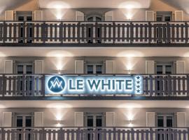 Le White, Champéry