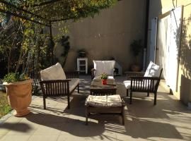 Un Gite en Provence, Saint-Victoret