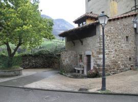 Ca María Santa, Proaza (Castañedo del Monte yakınında)