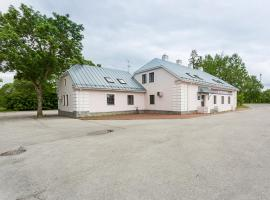 Raunex Apartment, Haapsalu (Kärbla yakınında)