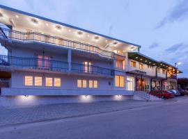Hotel Hayat Hills