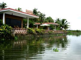 Lake Symphony Resort, Коччи (рядом с городом Кумбалам)