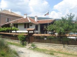 Dyadovata Kashta, Elena (Yakovtsi yakınında)
