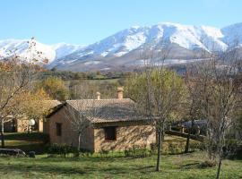Bungalows Las Cañadas, Baños de Montemayor (Hervás yakınında)