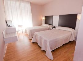 Hotel Fornos, Calatayud (Embid de la Ribera yakınında)