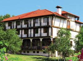 Madona Inn, Falkovets