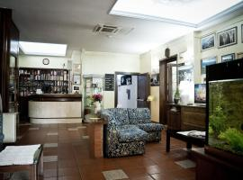 Hotel Artu, Иглесиас