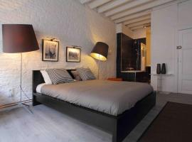 Room Grand-Place