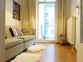 Cozy Room II