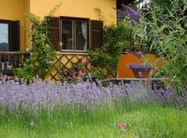 Sulamith Ferienhaus mit Garten, Sankt Kathrein am Offenegg (Rossegg yakınında)
