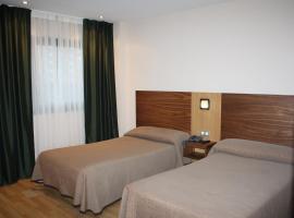 Hotel Mar de Plata, Саррия (рядом с городом Москан)
