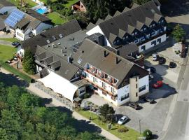 Land-gut-Hotel Zum alten Forsthaus, Hürtgenwald (Simonskall yakınında)