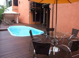 Hotel Pousada Dona Laura, Morretes (Pôrto de Cima yakınında)