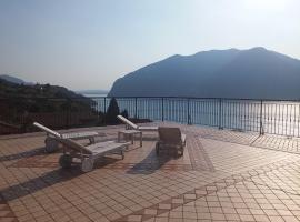 Hotel Bellavista Meublè, Monte Isola