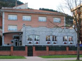 Hotel Gernika, Guernica y Luno