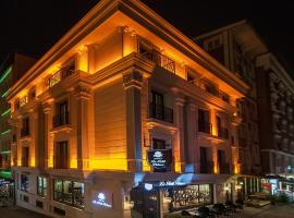 Le Petit Palace Hotel - Special Category