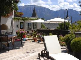 Hotel Dolomiten, Collalbo (Ritten yakınında)