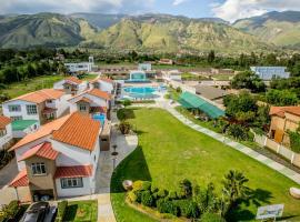 Hotel Regina Resort & Convenciones, Cochabamba (Quillacollo yakınında)