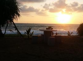 Airport Beach Villa