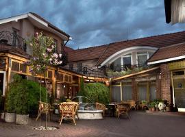 Hotel Banderium, Komárno