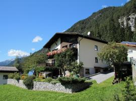 Gästehaus Scherl, Pettneu am Arlberg (Schnann yakınında)