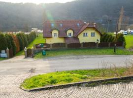 Guest House Kaskáda, Vrané nad Vltavou (Trnová yakınında)