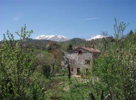 Casa di Pietra, Montefortino (Illice yakınında)