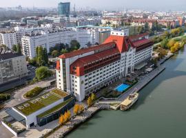 Hilton Vienna Danube Waterfront