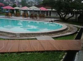 Gerbera hotel, Puncak (рядом с городом Cipayung)