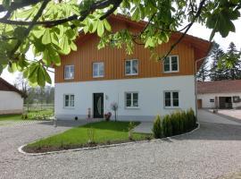 Ferienwohnung Am Verlorenen Bach, Untermühlhausen (Kaufering yakınında)