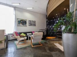 Apartment Center 25