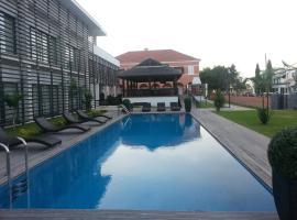 Casa Rosa Hotel Residence, Canata (Lobito yakınında)